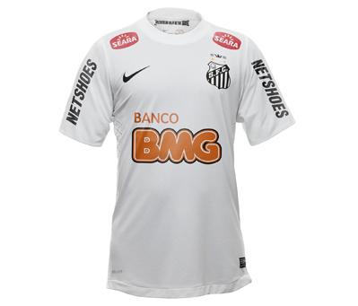bf12302cb7 Neymar e Ganso apresentaram os novos uniformes da seleção brasileira (veja  as fotos da camisa da seleção). Além dos jogadores